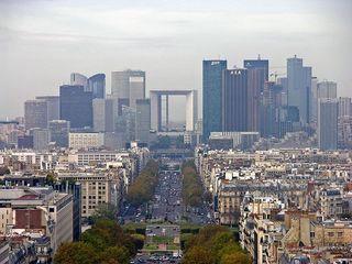 800px-Paris_-_Blick_vom_großen_Triumphbogen[1].jpg